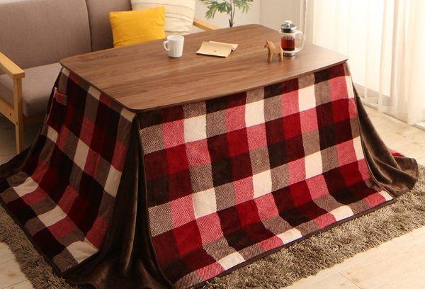 ハイタイプのこたつテーブルには専用の布団をつける